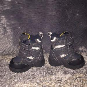EUC toddler snow boots -Children's Place brand